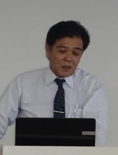 講演する高橋敬一氏.JPG